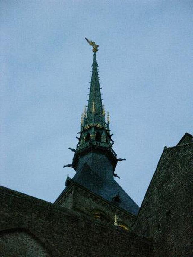 la fleche du mont saint michel par frederik sordel sur l