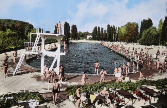 La grande piscine du Pecq, en 1955