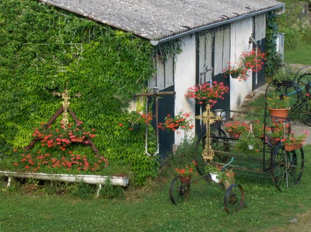 La grange aux géraniums