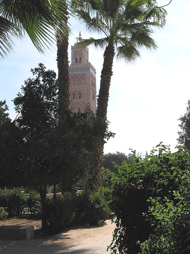 La Koutoubia entre deux palmiers