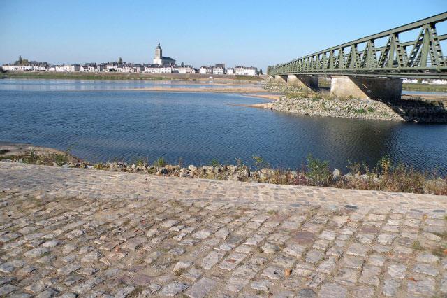 La Loire et son Village