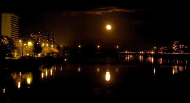La Lune a rendez-vous avec la Loire