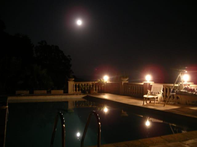 la lune arrive