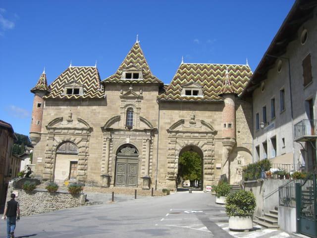 La mairie de saint antoine l 39 abbaye par mich le de puyraimond sur l 39 internaute - Office de tourisme saint antoine l abbaye ...