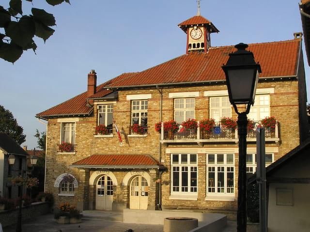La mairie-école du village