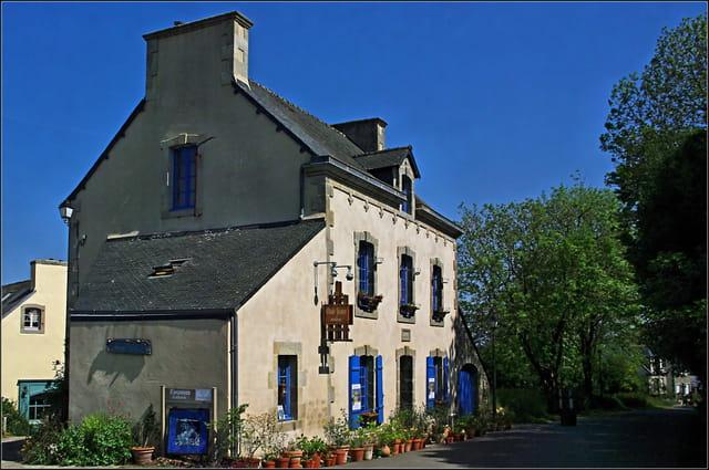 La maison du peintre par serge agombart sur l 39 internaute - La maison du peintre ...