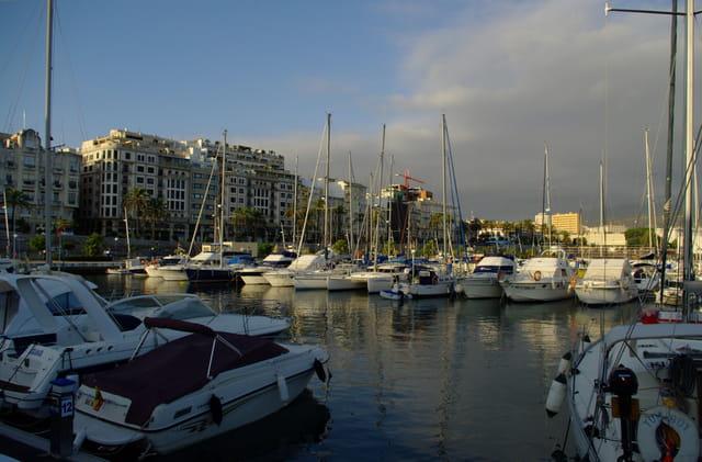 La mattina presto...nel porto