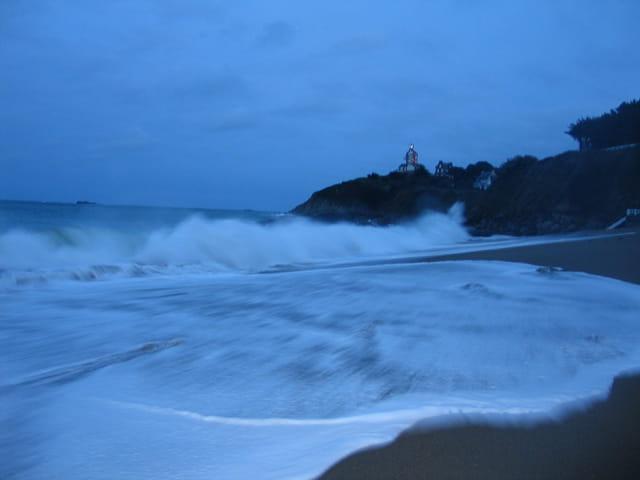 La mer se déchaîne à saint quay-por