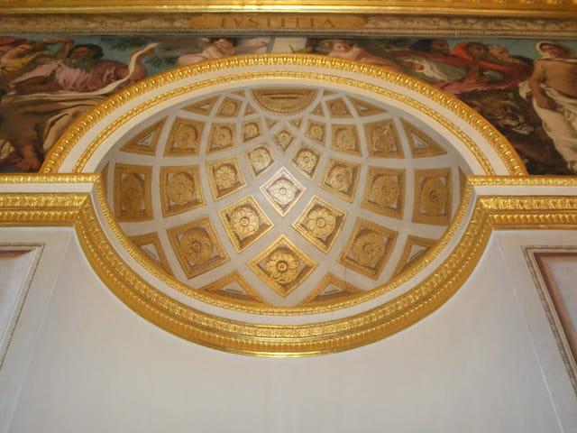 La moitié d'un oeuf de Fabergé ?