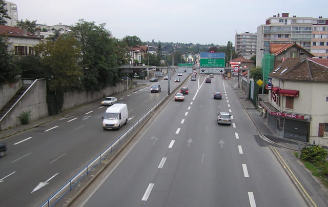 La Nationale 13 : direction très dangereuse vers St Germain Centre