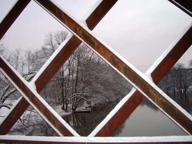 La neige a déposé son manteau blanc