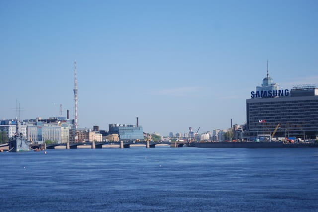 la Néva à Saint Pétersbourg
