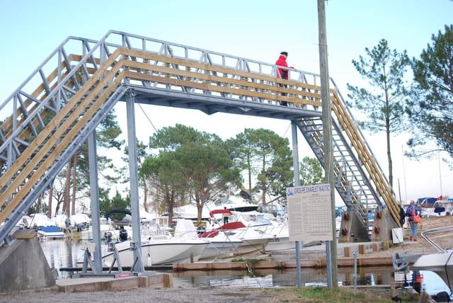 la nouvelle passerelle de Port Maguide