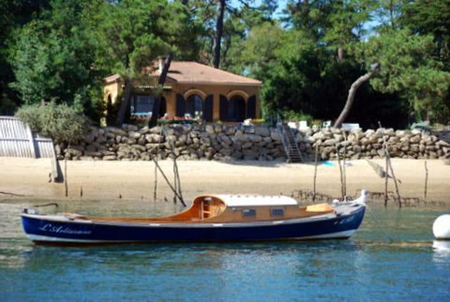 la pinasse, le bateau emblématique du Bassin d'Arcachon