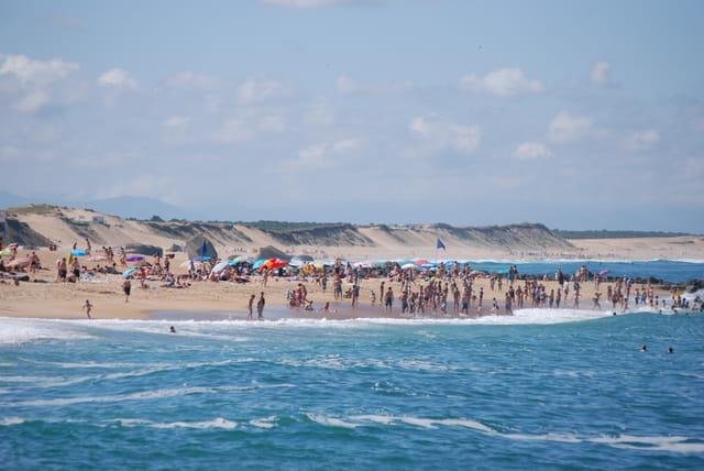la plage à l'océan Atlantique