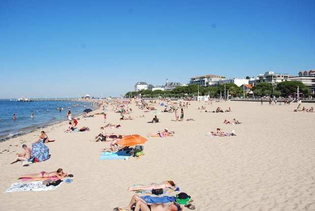 la plage dans la ville