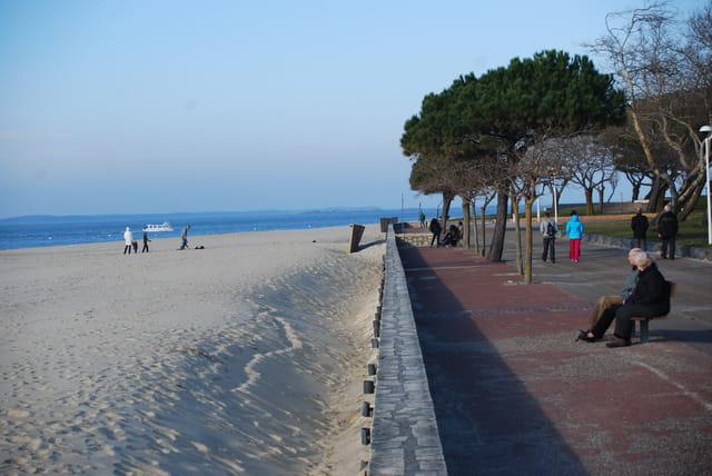 la plage en hiver