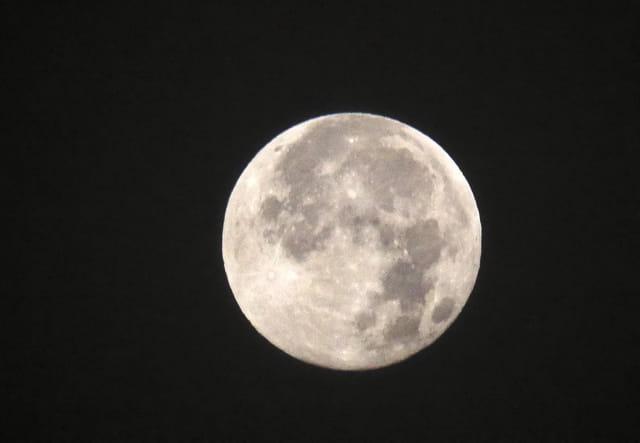 La pleine lune (ce matin vers 6 h 30)