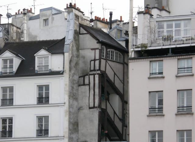 La plus ancienne maison de paris 2 par g rard robert sur for Ancienne maison close paris