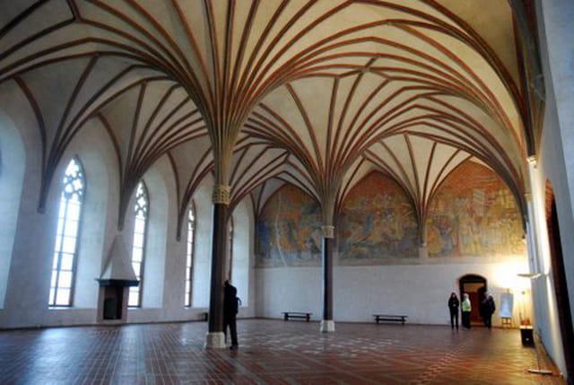 la plus grande salle du château Teutonique de Mareinbourg