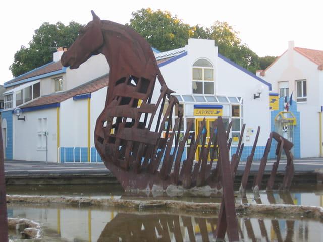 La poste et son cheval