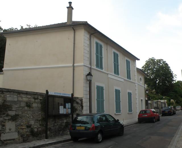 La première mairie du Pecq