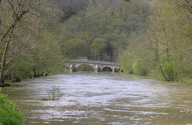 La rivière Viaur à Pont de Cirou