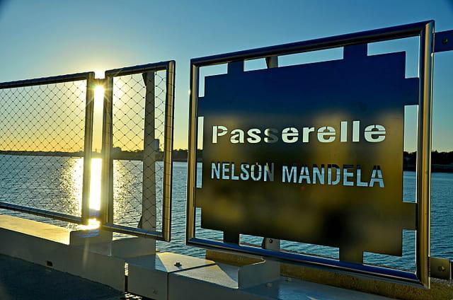 La Rochelle estivale : passerelle Nelson Mandela