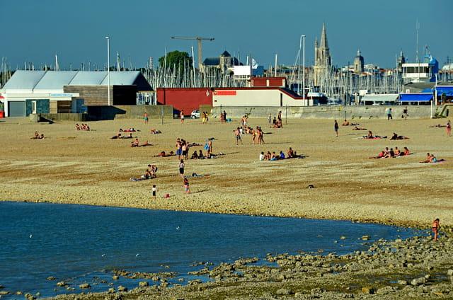La Rochelle estivale : plage des Minimes