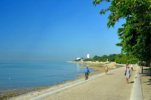 La Rochelle estivale : promenade de la Concurrence