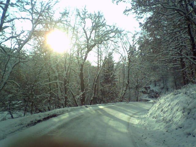La route sous la neige