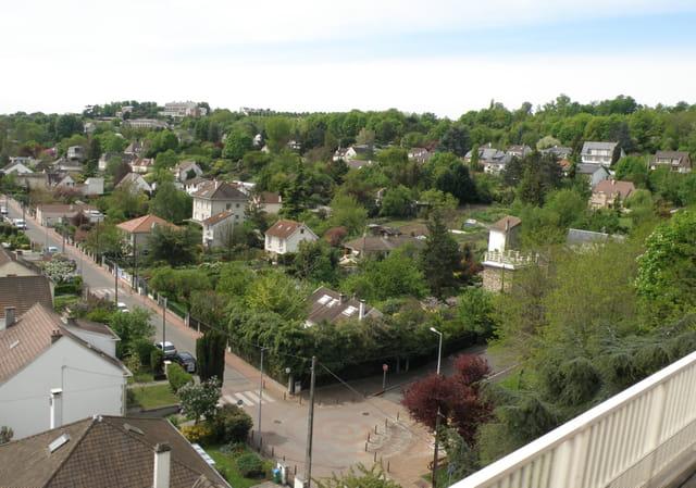 La Rue des Prairies, au Pecq