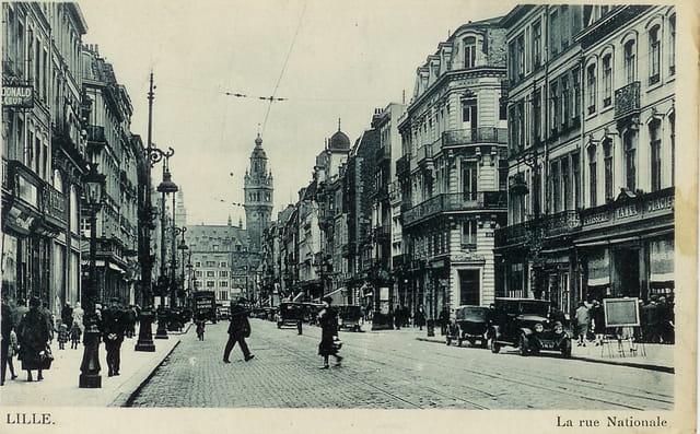 La rue nationale à Lille vers 1900