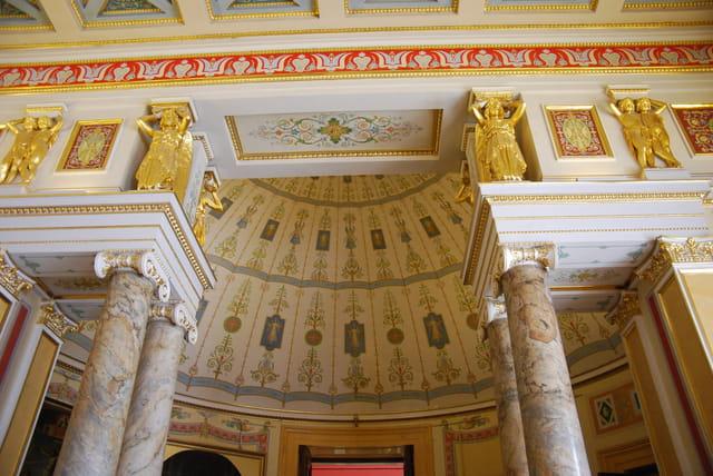la salle Raphaël du Nouvel Ermitage