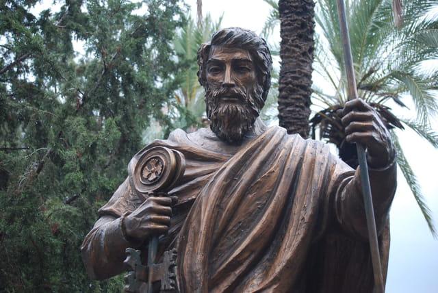 la statue de Pierre à Capharnaüm