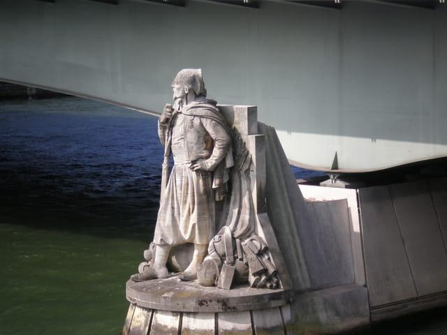 La statue du Zouave
