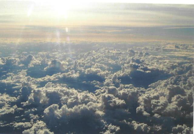 La tête au-dessus des nuages