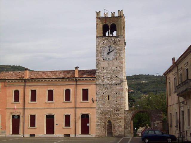 La Torre Romanica di Messan
