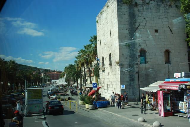 la tour carrée du Palais de l'Empereur Dioclétien