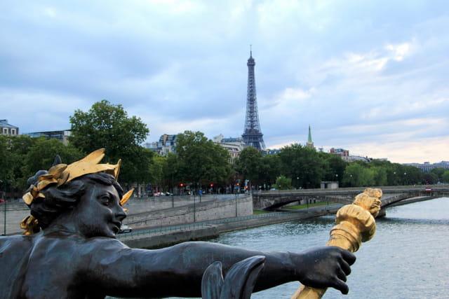 La Tour Eiffel depuis le Pont Alexandre III