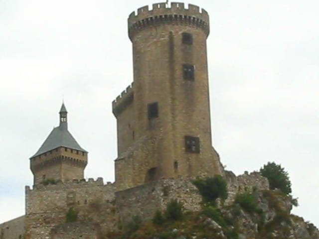La tour prend garde