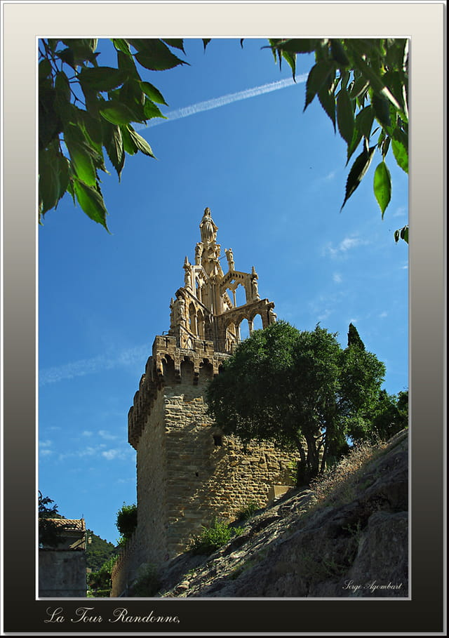 La tour randonne