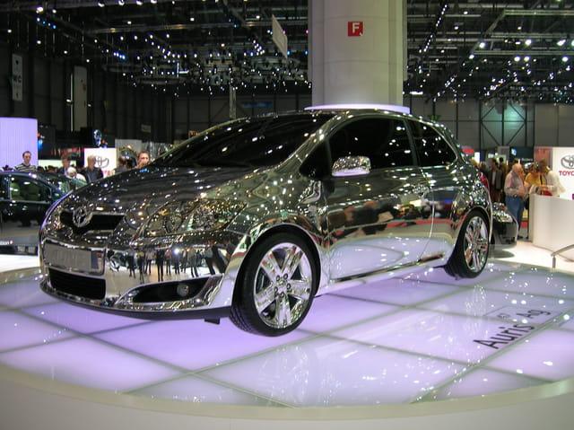 La voiture miroir