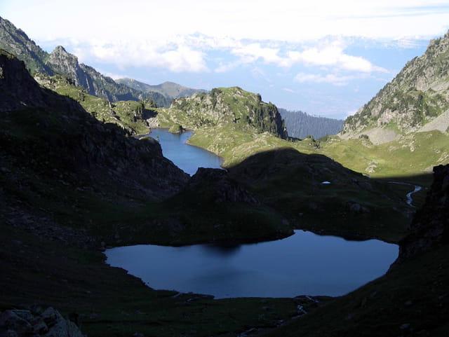 Lac clare et longuet