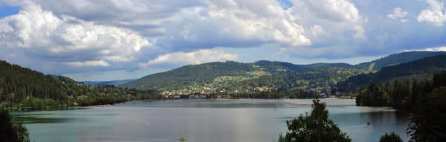 Lac de Gérardmer panoramique