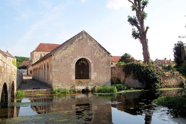 Lavoir à Noyers-sur-Serein