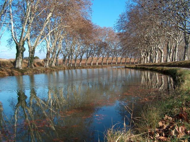 Le canal du midi à st-nazaire d'aud