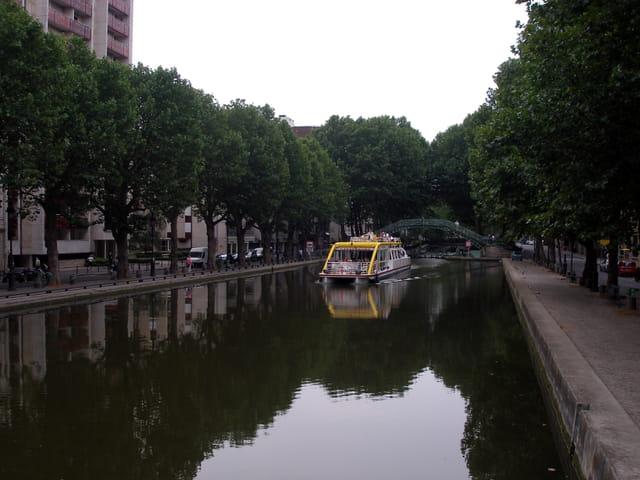 Le Canal St. Martin