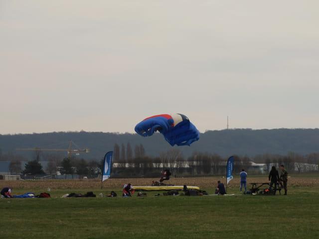 Le carreau du parachutiste.