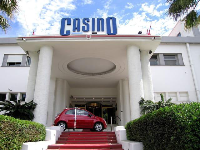 Le Casino (2)